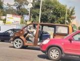 В Киеве заметили странный Volkswagen T6 без окон и дверей
